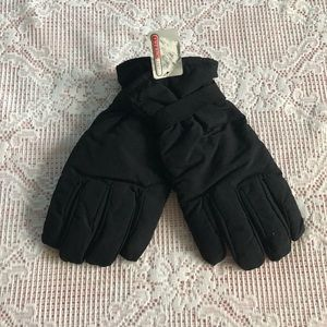 NWT- Mens insulated black gloves